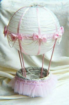 Hot Air Balloon Baby Shower Table Centerpiece - Ivory and Pink Lace // Hot Air Balloon Decorations // Hot Air Balloon Nursery Decoration Baby Showers, Baby Shower Parties, Baby Shower Themes, Baby Shower Gifts, Baby Gifts, Baby Party, Shower Ideas, Hot Air Balloon Centerpieces, Baby Shower Table Centerpieces