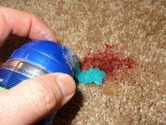Как почистить ковер пеной для бритья и другие полезные хитрости
