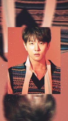 This almost doesn't look like donghyuk Yg Ikon, Ikon Kpop, Yg Entertainment, Ikon Member, Winner Ikon, Jay Song, Ikon Debut, Ikon Wallpaper, Dancing King