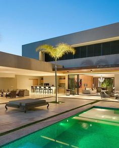 ℹ What do you think about this house? Modern Architecture House, Architecture Design, Modern Villa Design, Backyard Pool Designs, Pool Houses, House Goals, Home Fashion, Exterior Design, Future House