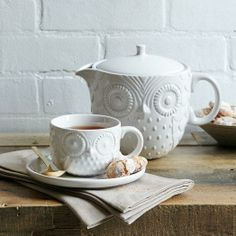 want these saucers!