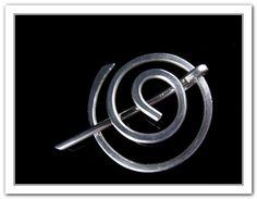 Minimalistic Penannular Spiral Shawl pin    RebbeltjesTouch, $13