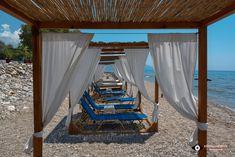 Samos - Votsalakia Beach - RIN - Lady and Fashion Samos, Outdoor Furniture, Outdoor Decor, Greece, Beach, Bucket, Van, Home Decor, Greece Country