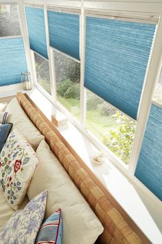 Add privacy and colour into your conservatory. Add the finishing touches with coordinating accessories.