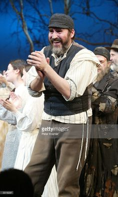Actor Alfred Molina takes a bow at the opening night curtain call for 'Fiddler on the Roof' February 2004 in New York City. Theatre Plays, Music Theater, Alfred Molina, Fiddler On The Roof, Curtain Call, Opening Night, Hollywood Actor, Actors & Actresses, New York City