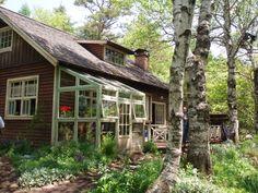 西の魔女が死んだ Good House, Sunroom, Apple Tree, My Dream Home, Outdoor Gardens, Sweet Home, Shed, Home And Garden, Exterior