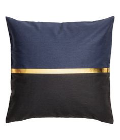 Dark blue/black. Color-block cushion cover in cotton twill with a printed gold-colored stripe. Concealed zip.
