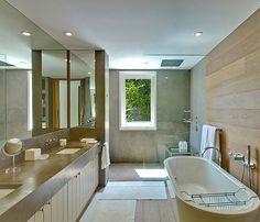 merveilleuse salle de bain! #contemporarystyle #stone #dalles #naturalstone #dallesenpierre #fournisseurdepierre #pierrecalcairreduportugal #pierreduportugal #lisbon #portugal #www.pierreportugal.shop #achatenligne #dallesenligne #bestprice #beststone #prixbasdalles