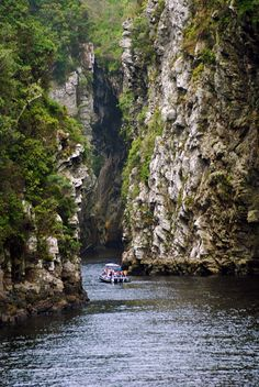 Boating on Storms River Mouth - Eastern Cape, Tsitsikama, Paises Da Africa, Out Of Africa, South Africa, Places To Travel, Places To See, River Mouth, Jacob Zuma, Le Cap, Thinking Day