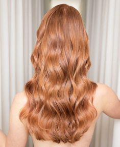 59 New ideas hair red inspiration strawberry blonde Black Hair Ombre, Ombre Hair, Strawberry Blonde Hair Color, Strawberry Hair, Long Wavy Hair, Beautiful Long Hair, Ginger Hair, Dyed Hair, Hair Inspiration
