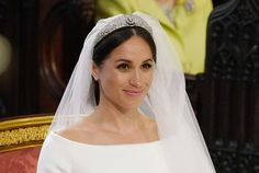 We can't picture Meghan Markle with hair that's not a rich brunette shade and ultra glossy. Is this Meghan Markle's natural hair? Wedding Hair And Makeup, Wedding Beauty, Bridal Makeup, Hair Makeup, Bridal Beauty, Celebrity Wedding Makeup, Eye Makeup, Contour Makeup, Meghan Markle Wedding Dress