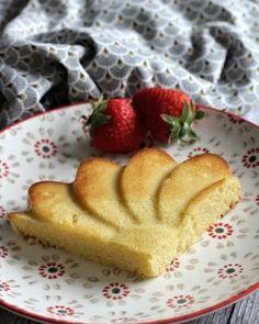 Muffins de petit déjeuner {sans beurre ni sucre ajouté} Lolo et sa Tambouille Muffins, Lolo, Fondant, Panna Cotta, Strawberry, Gluten, Pudding, Fruit, Ricotta