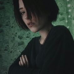 90s Grunge Hair, Short Grunge Hair, Grunge Girl, Pretty People, Beautiful People, Androgynous Hair, Alternative Makeup, Aesthetic People, Hair Color Purple