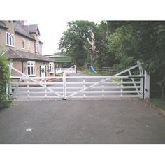 Arden Gates The Benton Aluminium 5 bar estate stlye gate
