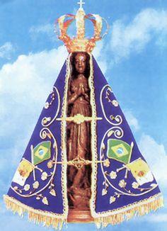 Nossa Senhora da Conceição Aparecida, popularmente chamada de Nossa Senhora Aparecida, é a padroeira do Brasil , venerada na Igreja Católica. Um título mariano negro, Nossa Senhora Aparecida é representada por uma pequena imagem de terracota da Virgem Maria atualmente alojada na