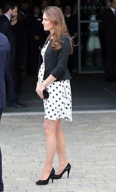 Kate Middleton Photos - Prince William, The Duke and Catherine, The Duchess of Cambridge with Prince Harry arrive at the launch of the Warner Bros Studios in Leavesden in Hertfordshire. - The British Royals Tour the Warner Bros. Studios 8