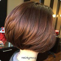 Bob Haircuts For Women, Haircut For Older Women, Bob Hairstyles For Fine Hair, Layered Bob Hairstyles, Cool Hairstyles, Short Brown Hair, Short Hair Cuts, Short Hair Styles, New Hair Do