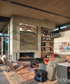 Washington Park Residence by Sullivan Conard Architects Washington Park Residence by Sullivan Conard Architects – HomeDSGN, a daily source for inspiration and fresh ideas on interior design and home decoration. Concrete Fireplace, Fireplace Design, Concrete Walls, Poured Concrete, Fireplace Wall, Architecture Cool, Washington Park, Anacortes Washington, Design Case