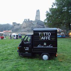 Tutto Caffè - Piaggio osedlané kávou; Okoř
