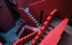 Surreal in Spain: The Mesmerizing Housing Projects of Ricardo Bofill - Architizer