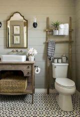 Vintage farmhouse bathroom remodel ideas on a budget (24)