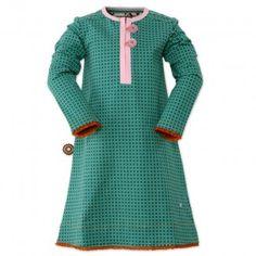 Nice pattern & dress