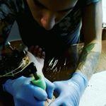 """119 gilla-markeringar, 7 kommentarer - jose godoy (dinosaur tattoo) (@dinosaurtattoo699) på Instagram: """"Practice shades :3 #tattooscollectioninsta #tattoedmen #tattoomachine #tattooartist…"""""""