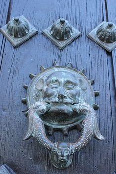 Detalle de la puerta de la Catedral de Merida, Yucatan, Mexico