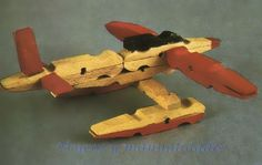 Float plane made from clothespins Clothespin Cross, Wooden Clothespin Crafts, Spool Crafts, Clothespin Dolls, Popsicle Crafts, Glue Crafts, Craft Stick Crafts, Crafts To Make, Woodworking Projects For Kids