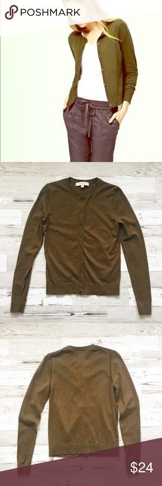 """LOFT // Signature Cardigan in Olive Green EUC! Soft, cotton signature cardigan in trendy olive green. Long sleeves. Tortoise buttons. 100% cotton. About 20.5"""" from shoulder to hem, 15"""" across chest. No holes or stains. 🚫trades🚫 smoke free home LOFT Sweaters Cardigans"""