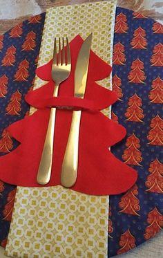 Porta Talher Árvore de Natal - Porta Talher para você alegrar sua mesa natalina. Material Feltro.