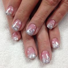 nowflakes glistening like diamonds I'm wishing ❄️✨💎 New Year's Nails, Fun Nails, Pretty Nails, Nice Nails, Professional Nails, Nail Decals, Christmas Nails, Acrylic Nails, Snowflakes