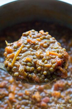 EXCELLENT lentil tomato carrot vegan chili. Spicy and flavorful!! Low fat and just plain yummy!!!