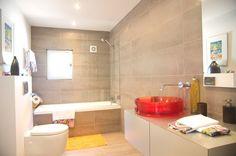 Contemporary Spanish Bathroom