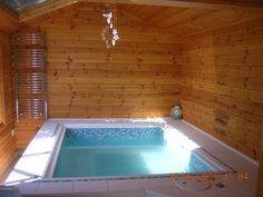 DIY Hot tub ~ full instructions and photos on this site!
