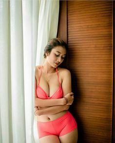 Swimsuits, Bikinis, Swimwear, Indonesian Girls, Girls Club, Hottest Models, Nice Body, Female Art, Classy