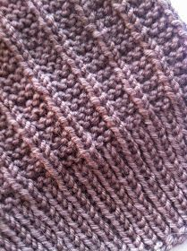 Knitted Hats, Knit Crochet, Knitting, Crocheting, Accessories, Knit Hats, Chrochet, Tricot, Knit Caps