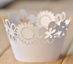 Laser Cut Pearl Paper Cupcake Wrappers Muffin Wraps White Floral Pattern 12pcs