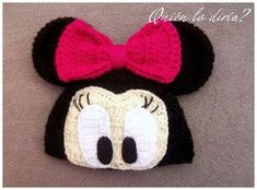 Minnie Mouse crochet hat by Daeyneras