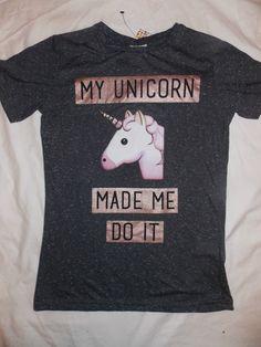 Unicorn emoji mesdames t shirt primark ma licorne made me do it tee top Primark, Unicorn Emoji, Unicorn Shirt, Unicorn Bike, Unicorn Party, Unicorn Fashion, Unicorn Outfit, Unicorn Clothes, Sweat Shirt
