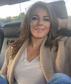 Back to London to film the last two eps of Elizabeth Hurley Age, Elizabeth Jane, Gorgeous Redhead, Gorgeous Women, Gorgeous Hair, Cute Celebrities, Celebs, Bollywood, Elisabeth