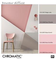 Die pastellfarbene Rose erinnert an eine sanfte und beruhigende Atmosphäre. Hier bringen die geometrischen Formen die dynamische Seite. www.chromatic... - - #kinderzimmer