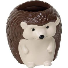 Kids Woodland Creatures Resin Toothbrush Holder: Explore the great outdoors with the Woodland Creatures toothbrush holder in the form of a cuddly little hedgehog. Make the look complete with the entire Woodland Creature bathroom collection. Modern Bathroom Decor, Bathroom Kids, Kids Bath, Kid Bathrooms, Better Bathrooms, Small Bathroom, Creature 3d, How To Roll Towels, Towel Crafts