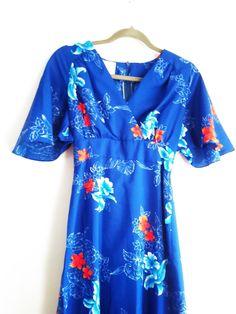 Vintage Royal Hawaiian High Waisted Dress / Floral Hibiscus Summer Dress / Bell…