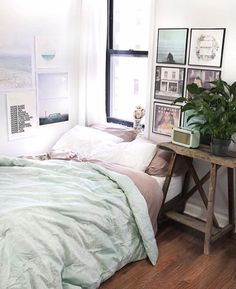 Different colors, and bedding, and pictures, but the layout is nice.