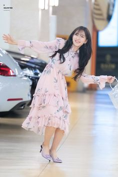 Yuehua Entertainment, Starship Entertainment, Xuan Yi, Air Force Blue, Cheng Xiao, Cosmic Girls, Monica Bellucci, Korean Girl Groups, My Images