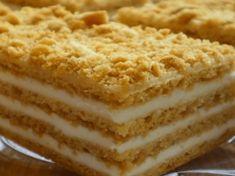 Ruské medové řezy se zakysanou smetanou: Tento dezert je tak výborný, že zastíní i složité zákusky a dorty!