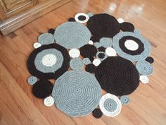 Crochet Circle Area Rug Natural colored Wool by WendysWonders127, $200.00