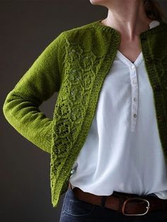 Crochet afghans 605523112381322180 - Ravelry: Myrtha pattern by Katrin Schneider Source by pailletfranoise Knit Fashion, Look Fashion, Fashion Design, Estilo Hippy, Cardigan Outfits, Outerwear Women, Sweater Weather, Cardigans For Women, Pulls