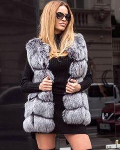 Vesta de blana artificiala gri eleganta Fur Coat, Superhero, Casual, Jackets, Outfits, Beauty, Fashion, Lady, Jacket